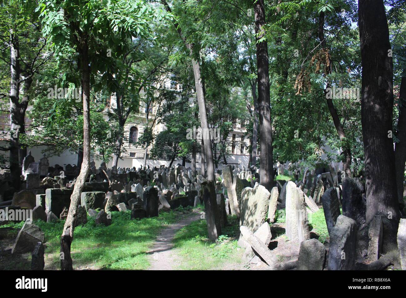 Old Jewish Cemetery, Prague - Stock Image