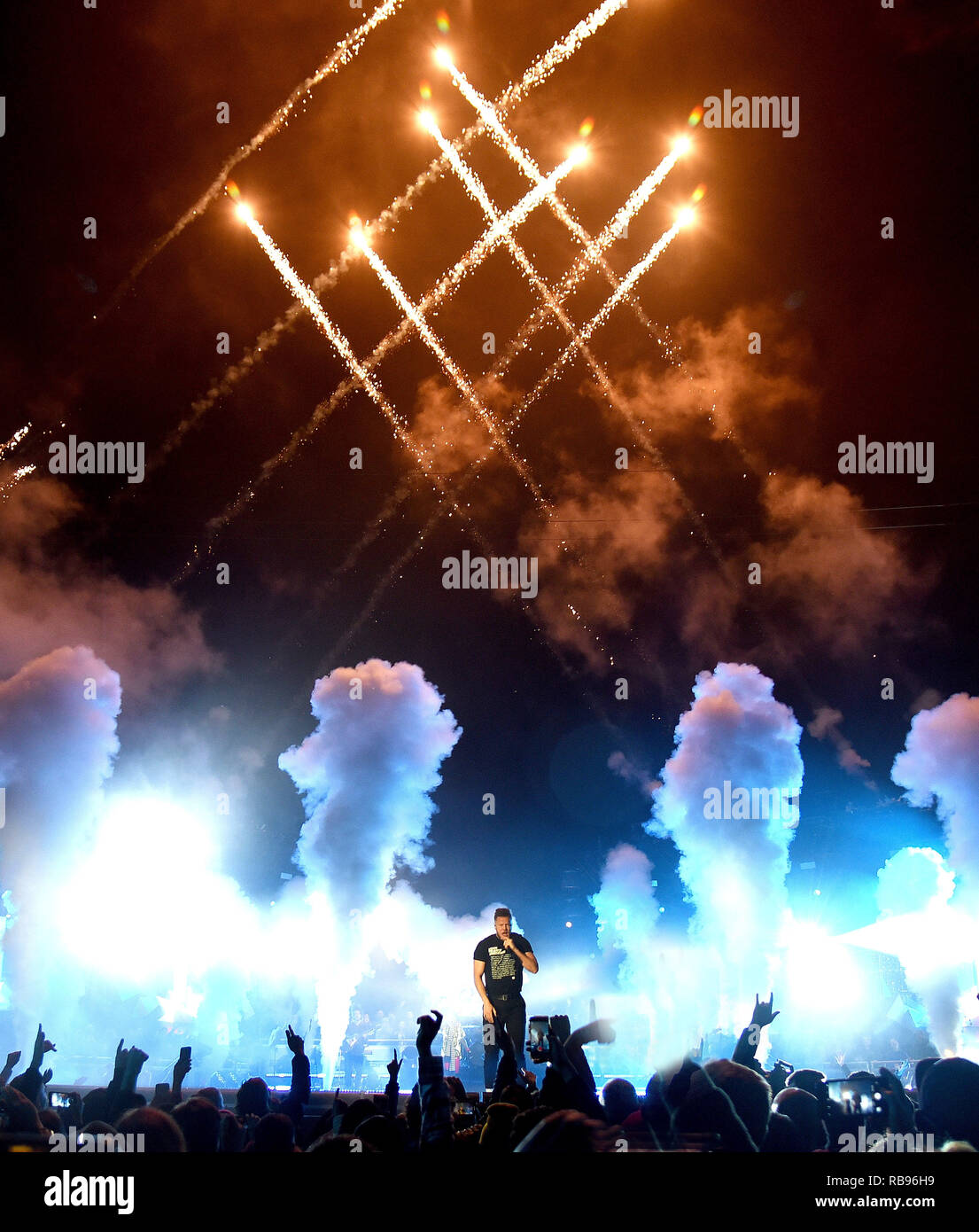San Francisco, California, USA. 7th January, 2019. Dan Reynolds of Imagine Dragons performs during the 2019 College Football Playoff National Championship Game Halftime Show at Treasure Island on January 7, 2019 in San Francisco, California. Photo: imageSPACE/MediaPunch Credit: MediaPunch Inc/Alamy Live News - Stock Image