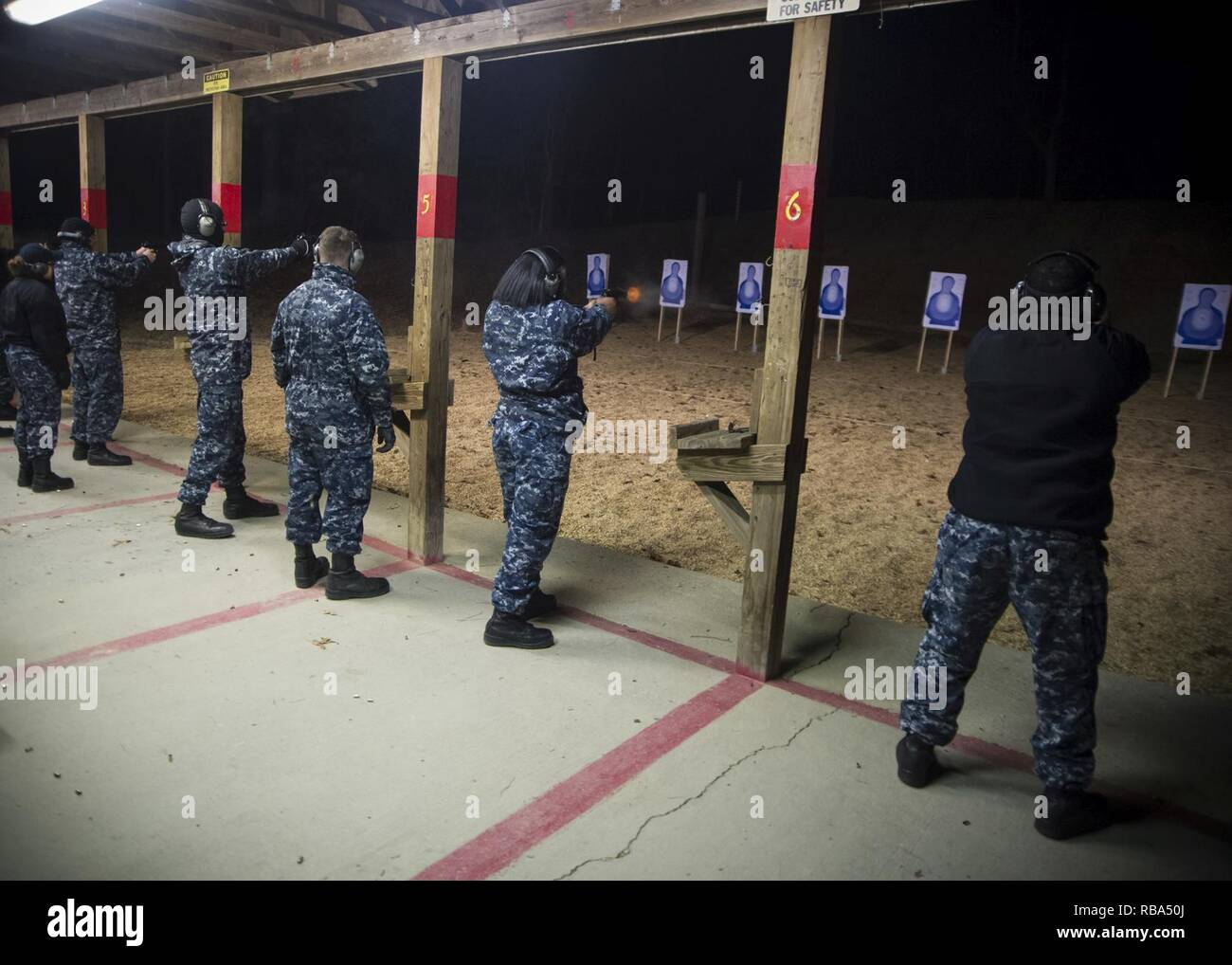 01d24b31a32 Navy Handgun Qualification Course Stock Photos   Navy Handgun ...