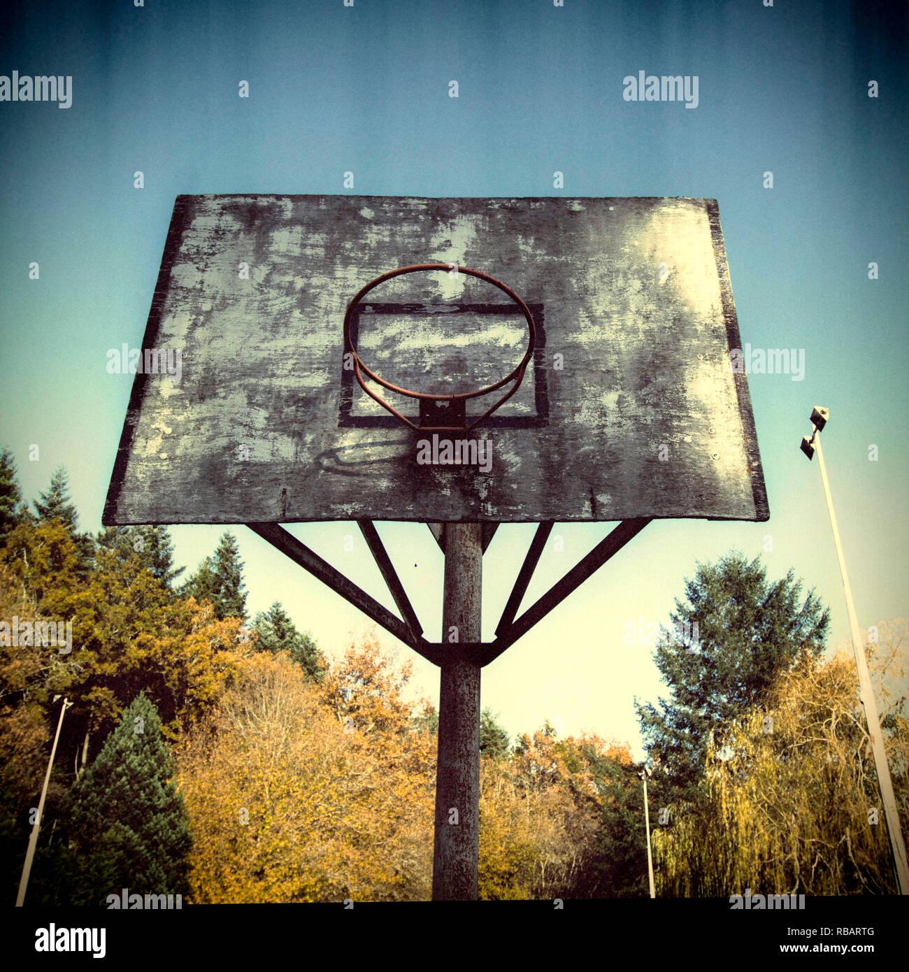 Damaged basketball hoop - Stock Image
