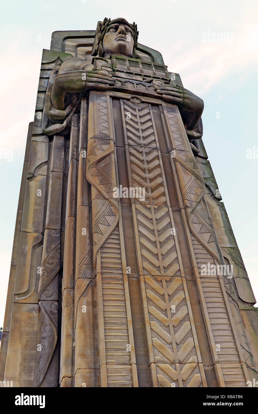 One of the eight Guardians of Traffic art deco sandstone pylons by Henry Hering on the Hope Memorial Bridge in Cleveland, Ohio, USA - Stock Image