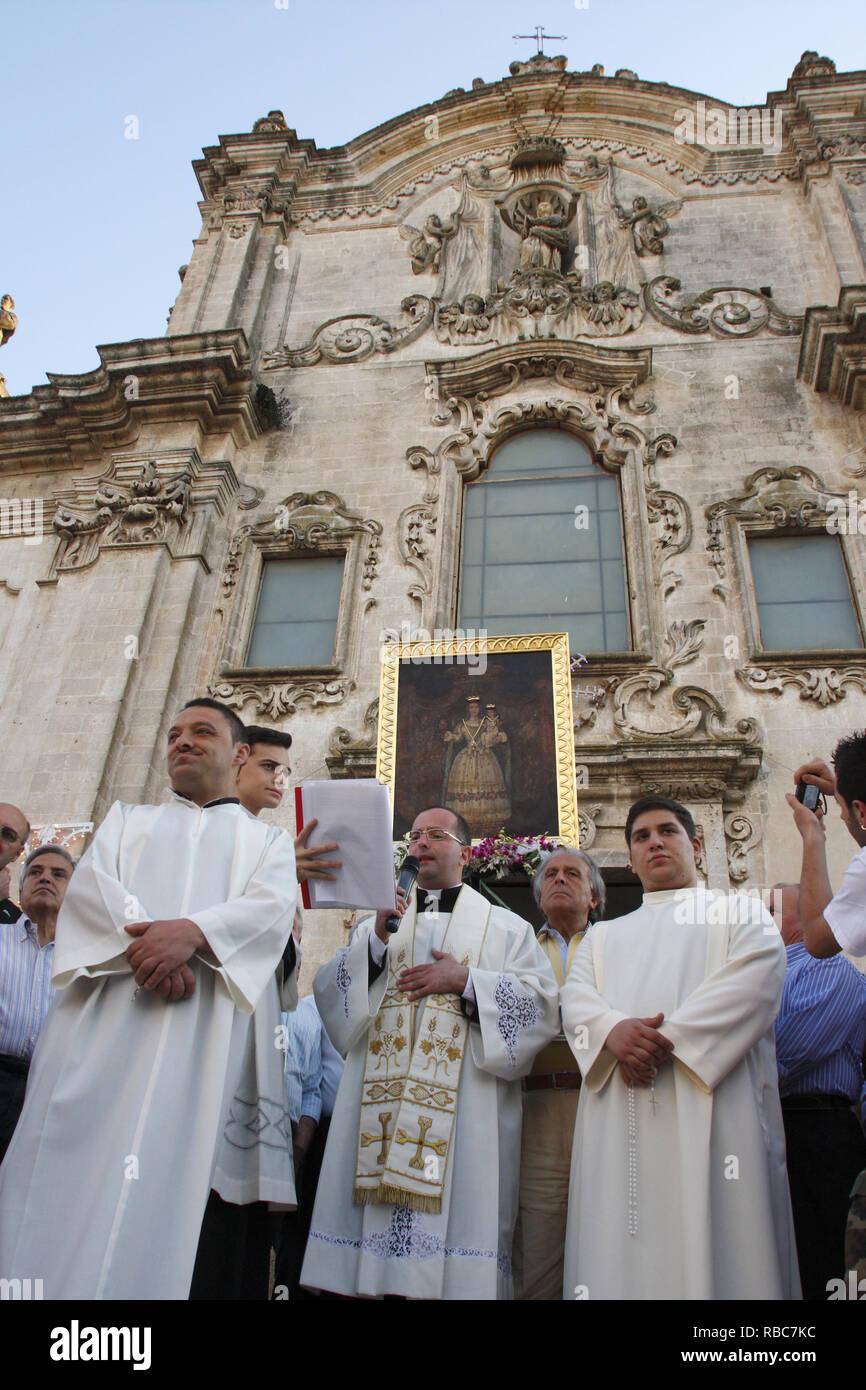 Italy Basilicata Matera - Festa Madonna della Bruna - procession of religious pastors - Stock Image