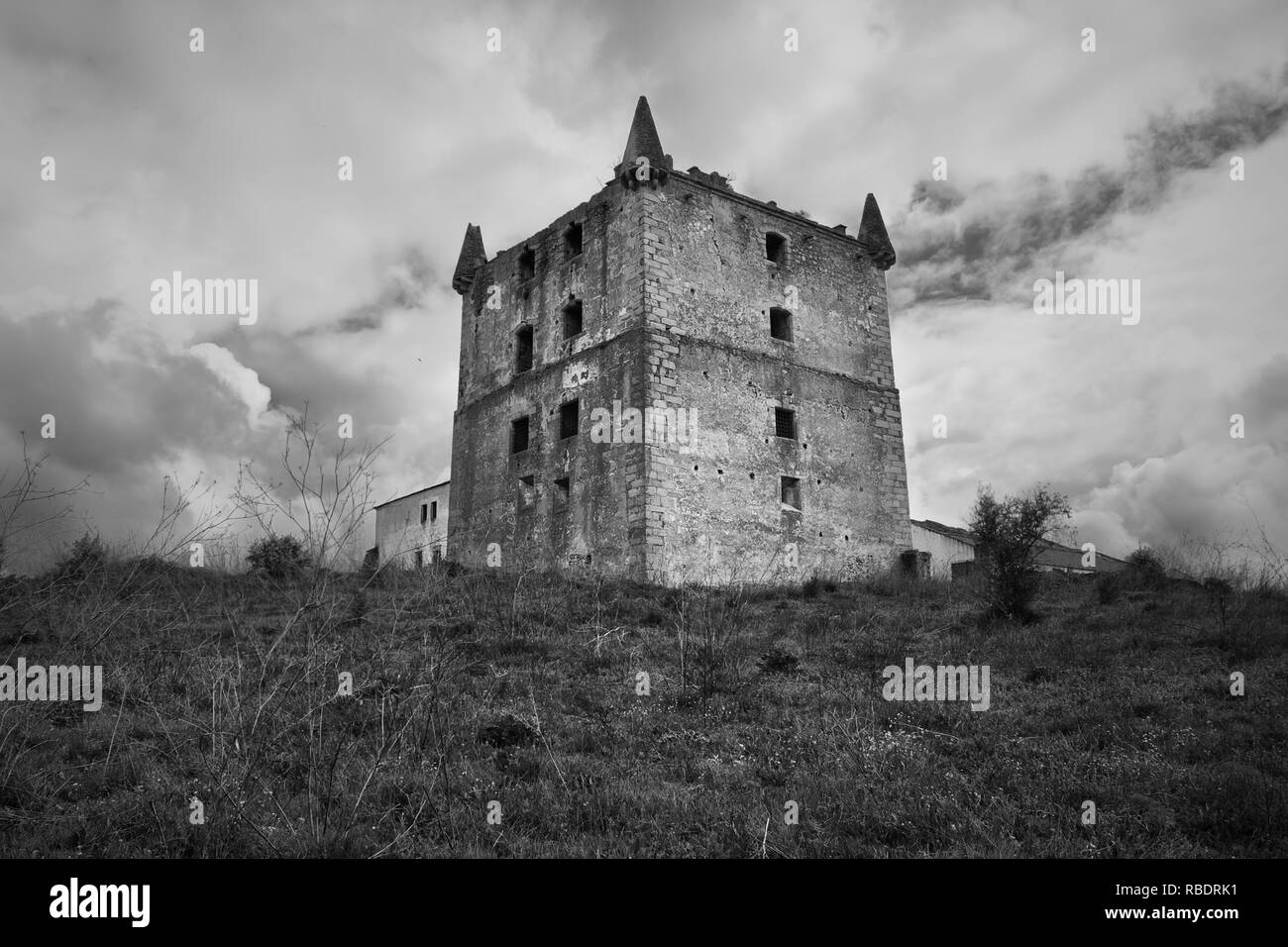 Old solar, hunting home, known as the Eagles Tower, building from the early sixteenth century. Village of Brotas, Mora, Evora, Alentejo, southern Port - Stock Image
