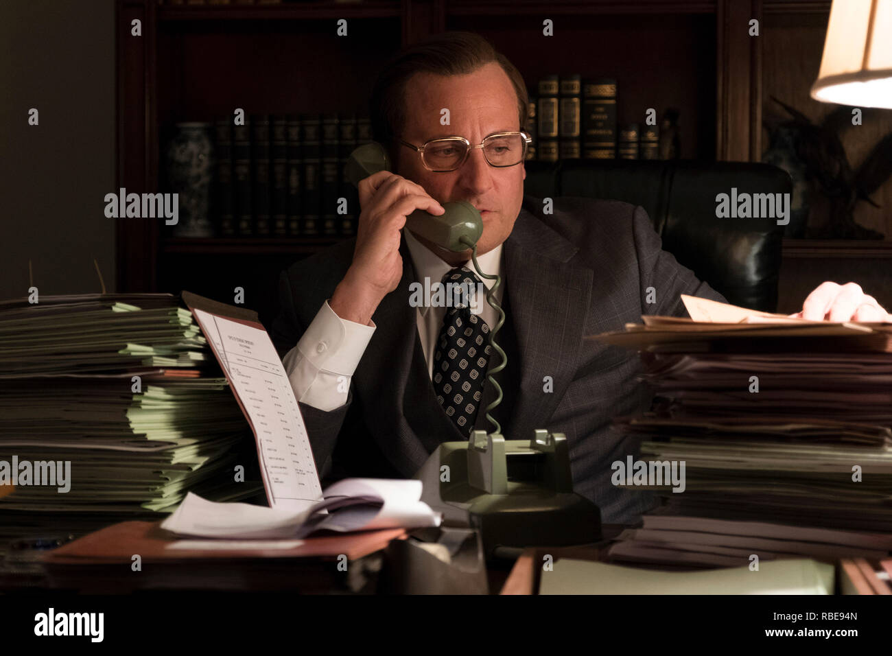 Prod DB © Matt Kennedy - Annapurna Pictures - Gary Sanchez Productions - Plan B Entertainment / DR VICE de Adam McKay 2018 USA Steve Carell. Donald Rumsfeld; biopic; biographie; biography; homme politique; politicien; politician - Stock Image