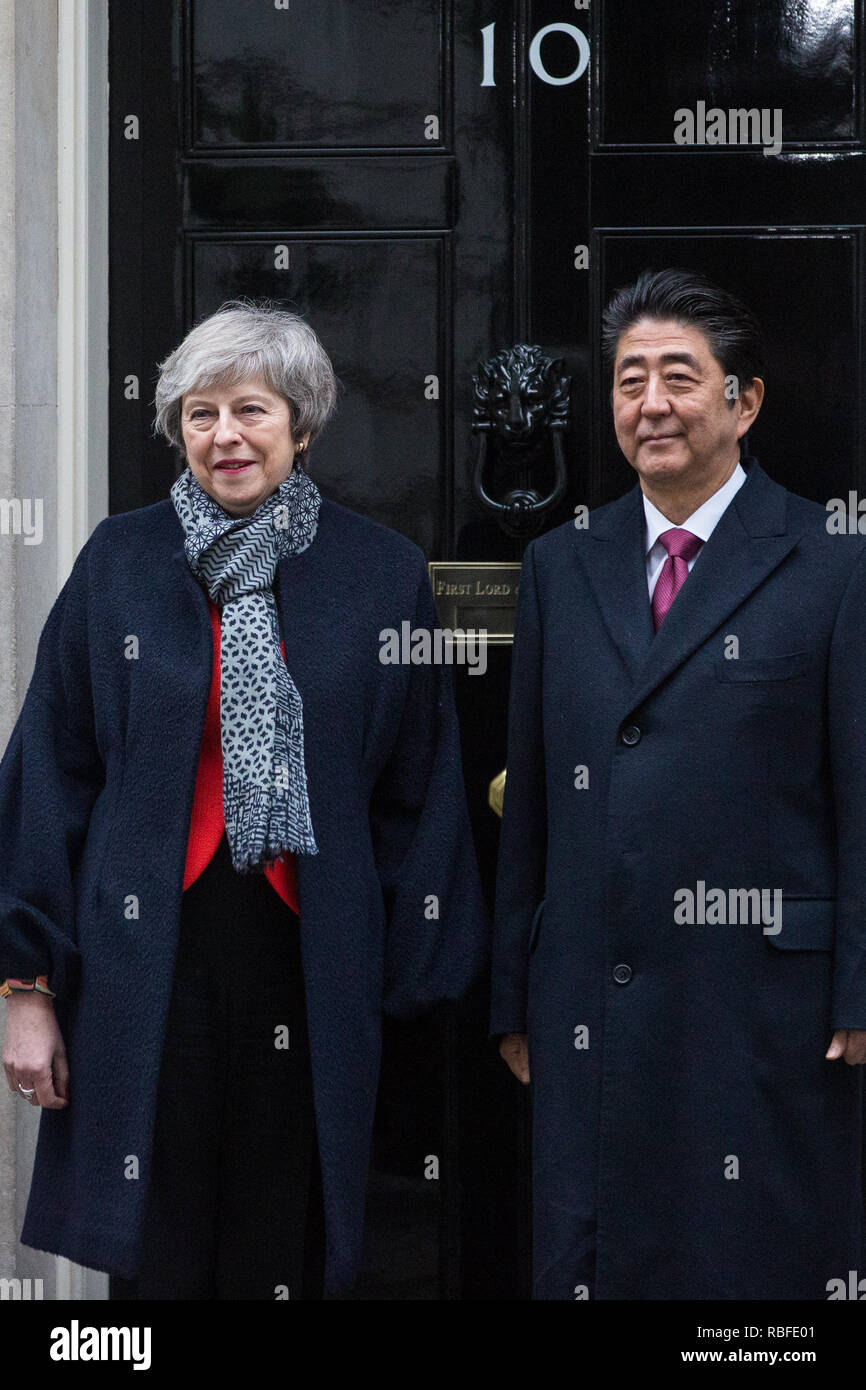 London, UK. 10th Jan, 2019. Prime Minister Theresa May and Japanese Prime Minister Shinzo Abe stand outside 10 Downing Street before talks. Subjects to be discussed will include the UK's latest arrangements for withdrawal from the European Union. Credit: Mark Kerrison/Alamy Live News - Stock Image
