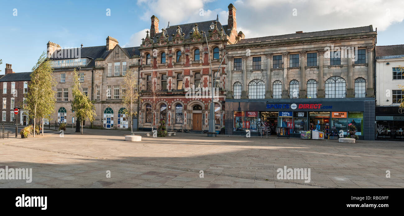 Bishop Auckland, County Durham, UK. The market place in the town centre - Stock Image