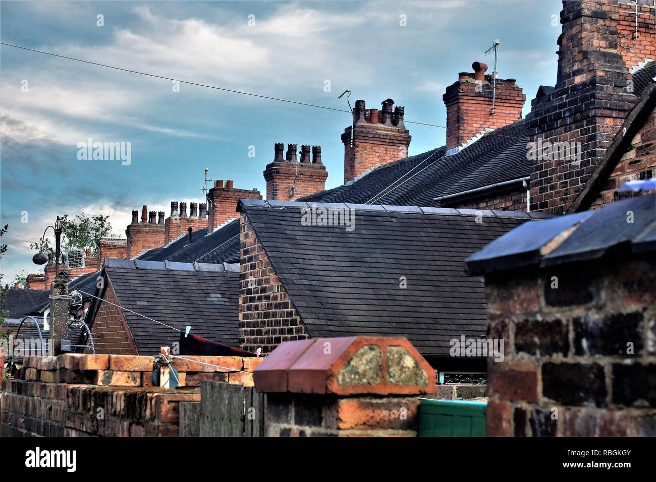 Rooftops and chimneys over terraced housing, Stoke-on-Trent - Stock Image