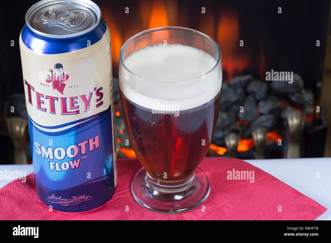 A glass of cold Tetleys Smooth flow bitter Stock Photo