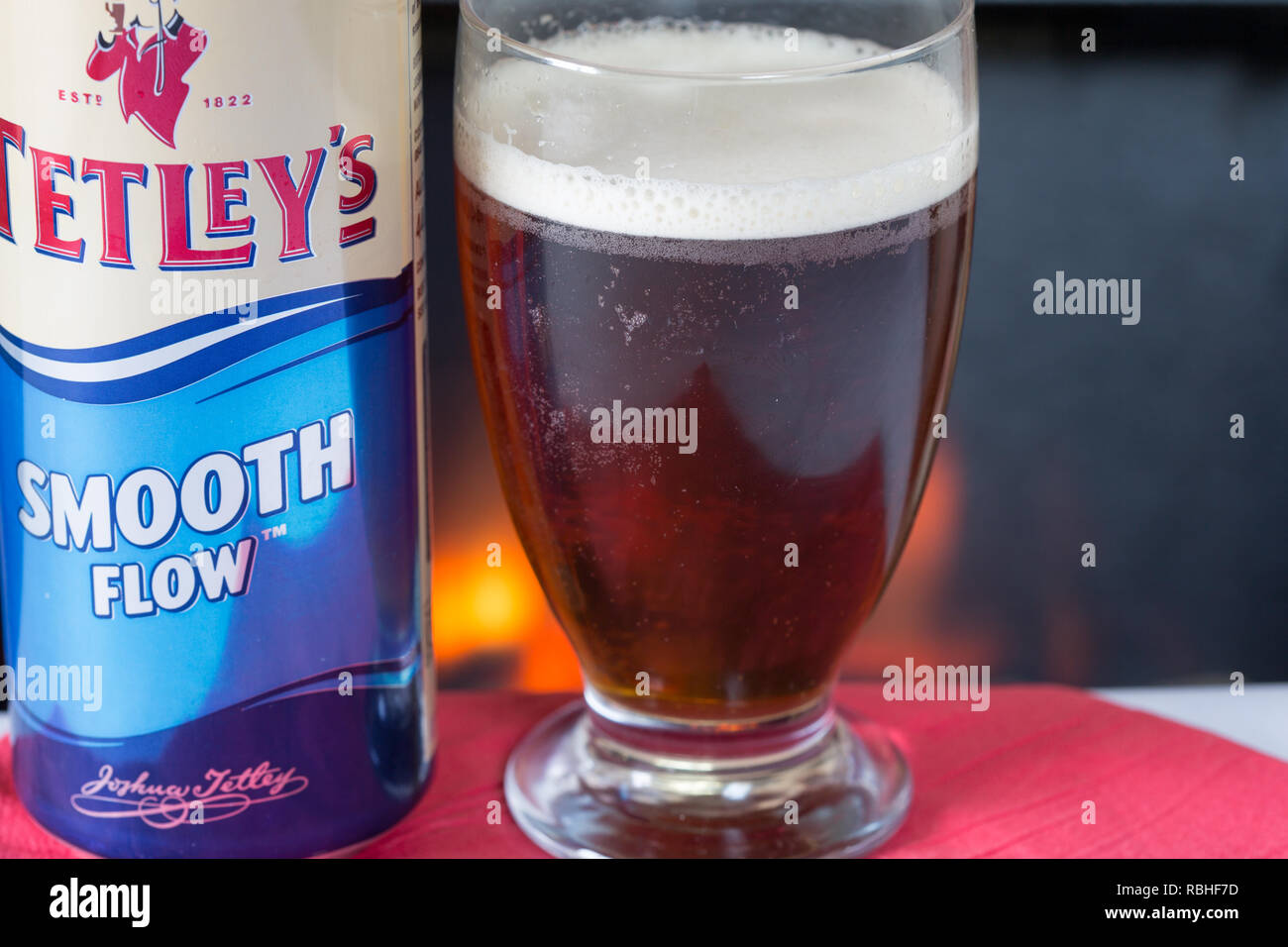 A glass of cold Tetleys Smooth flow bitter - Stock Image