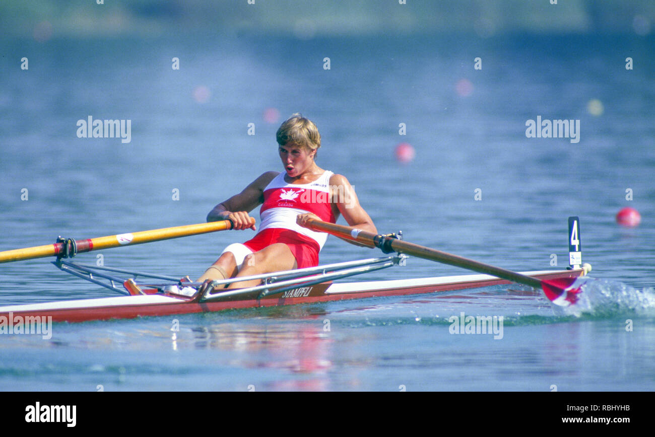 Barcelona Olympic Games 1992 Olympic Regatta - Lake Banyoles CAN W1X. Silken Laumann, Rowing,  with Bandaged Leg, after a collision with another boat at an earlier European Regatta, {Mandatory Credit: © Peter Spurrier/Intersport Images] Stock Photo