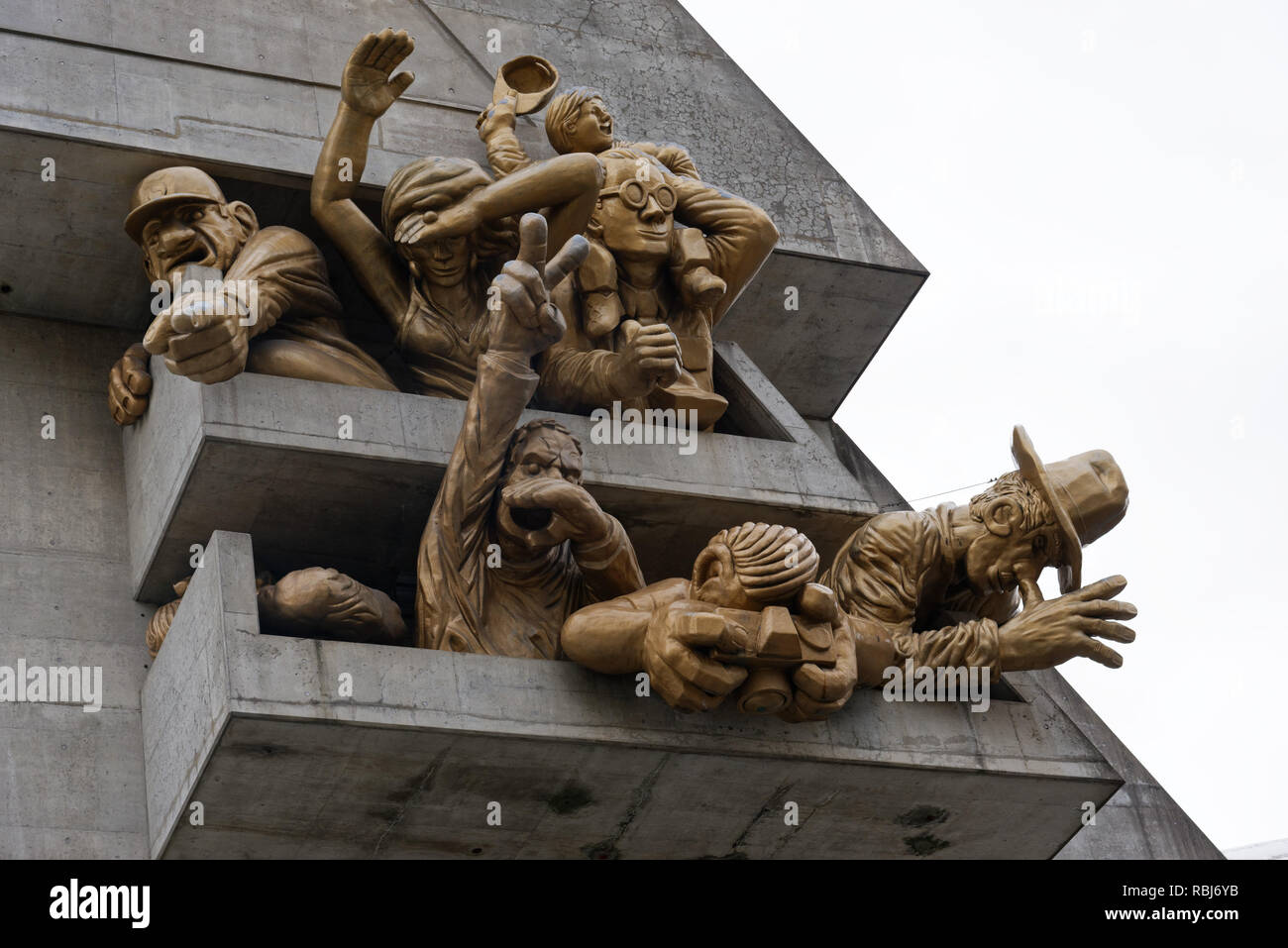 The Michael Snow sculpture 'The Audience' on the outside of the Rogers Centre (ex the Skydome), home of The Blue Jays baseball team, Toronto - Stock Image