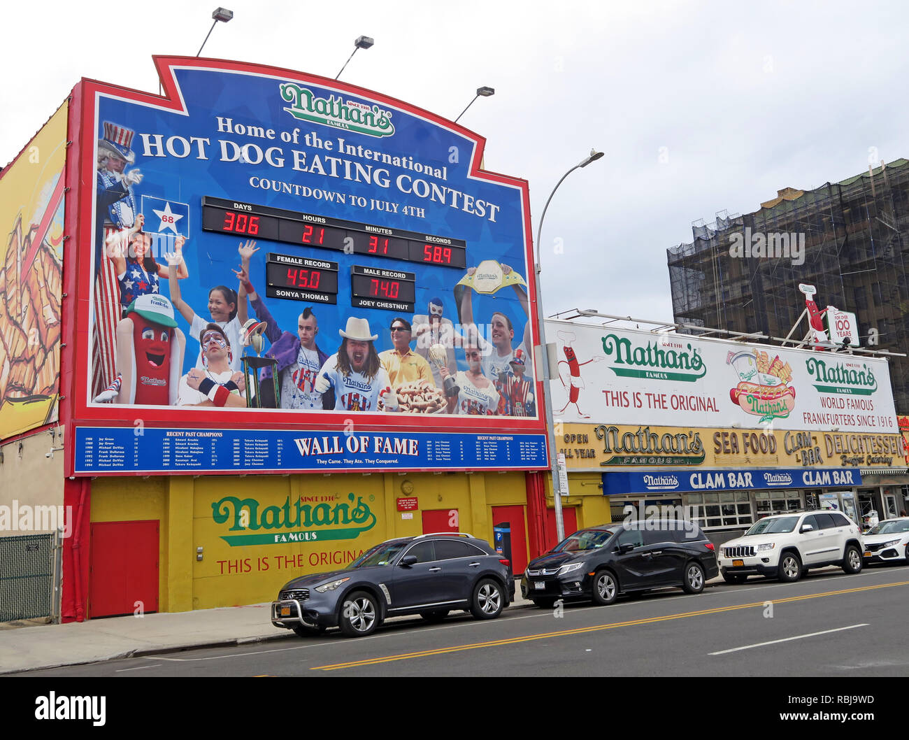 Nathans Handwerker Famous Hotdog Frankfurters Hotdog eating contest, Coney Island, Borough of Brooklyn, New York, NY, USA - Stock Image