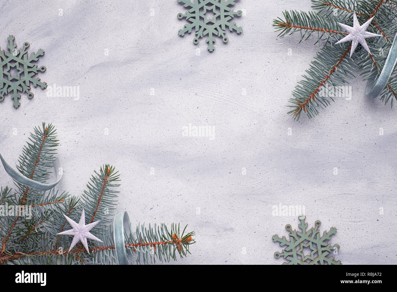 Light Christmas background inwhite and green with copy-space  Flat