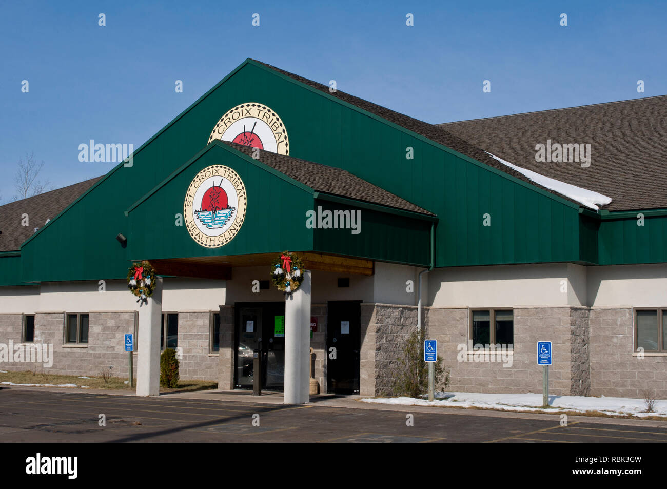 Hertel, Wisconsin. St. Croix Tribal Health Clinic. Serving American Indians and Alaska Natives to the highest possibe level of health care possible. - Stock Image