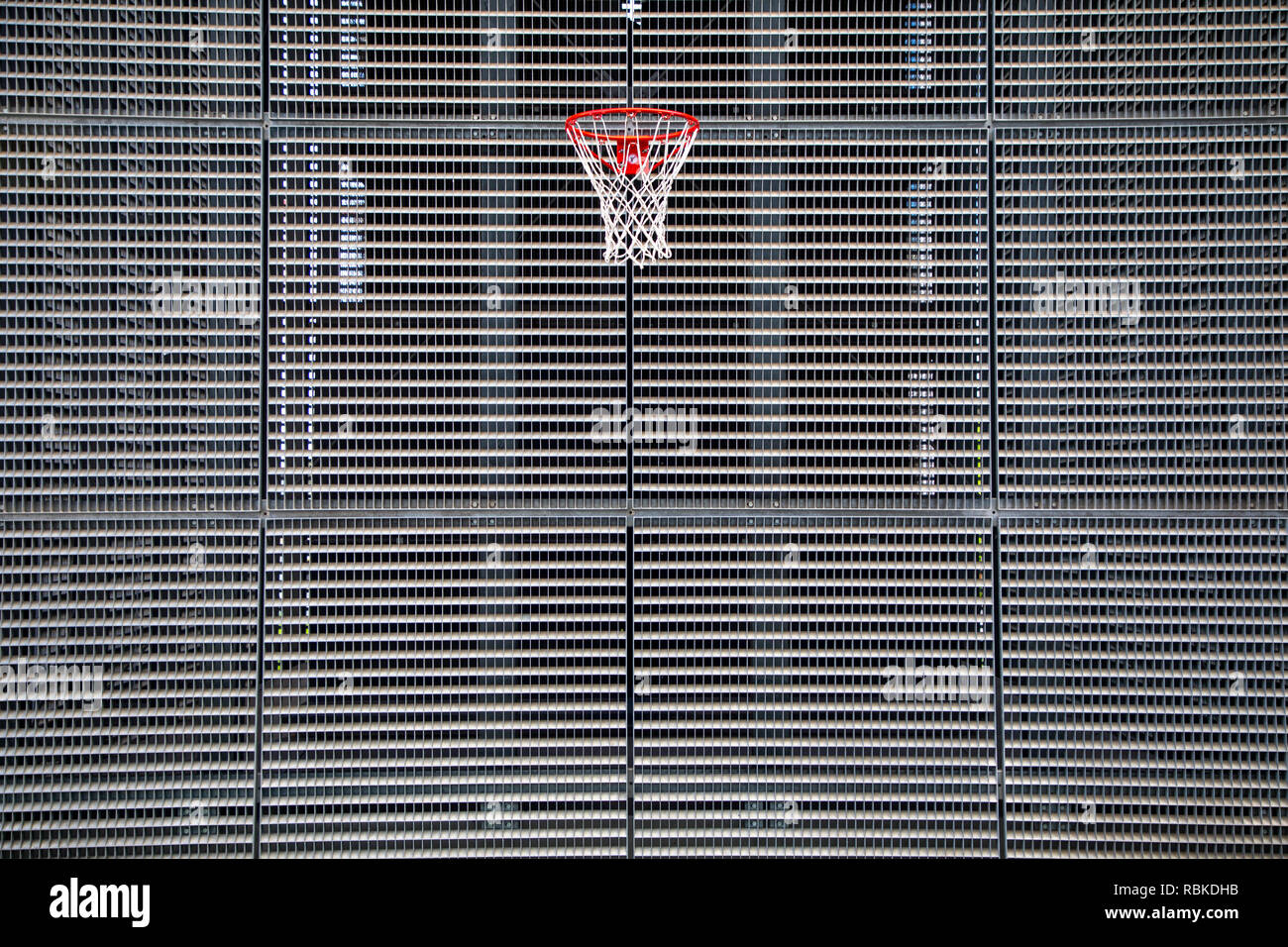 Bürogebäude, im Europaviertel, moderne Fassade, Basketball Korb, Stuttgart, Stock Photo