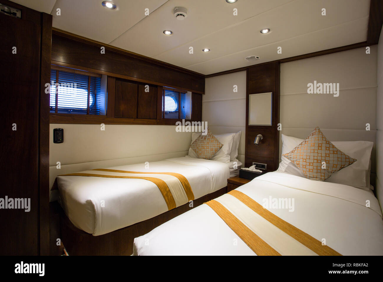 Boat Interior Bedroom High Resolution Stock Photography And Images Alamy