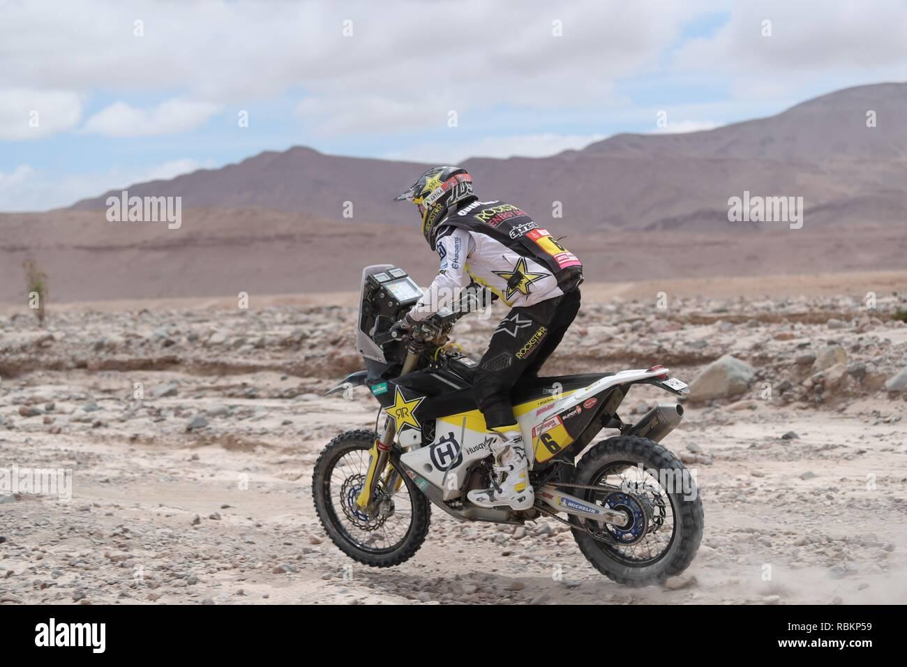 Tacna, Peru. 10th Jan, 2019. Chilean Pablo Quintanilla rides his Husqvarna during the fourth stage of the Rally Dakar 2019 between Arequipa and Tacna, in Peru, 10 January 2019. Credit: Ernesto Arias/EFE/Alamy Live News - Stock Image