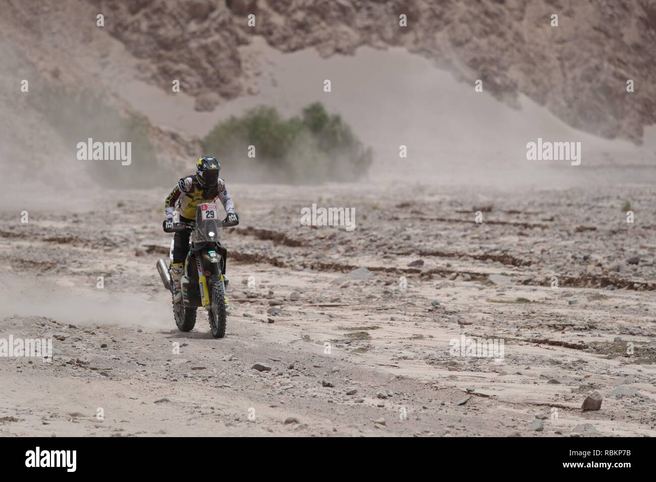 Tacna, Peru. 10th Jan, 2019. US Andrew Short rides his Husqvarna during the fourth stage of the Rally Dakar 2019 between Arequipa and Tacna, in Peru, 10 January 2019. Credit: Ernesto Arias/EFE/Alamy Live News - Stock Image