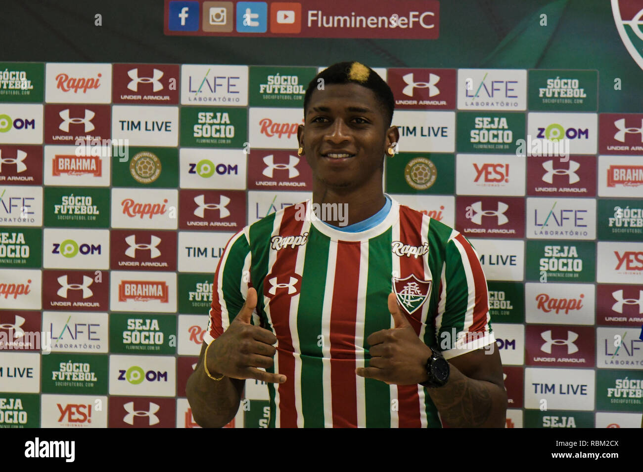 ... in Fluminense - Yony Gonzalez player of Fluminense during his official  presentation in a collective in the CT of Fluminense Photo  Thiago Ribeiro    AGIF 5f5671da6172c