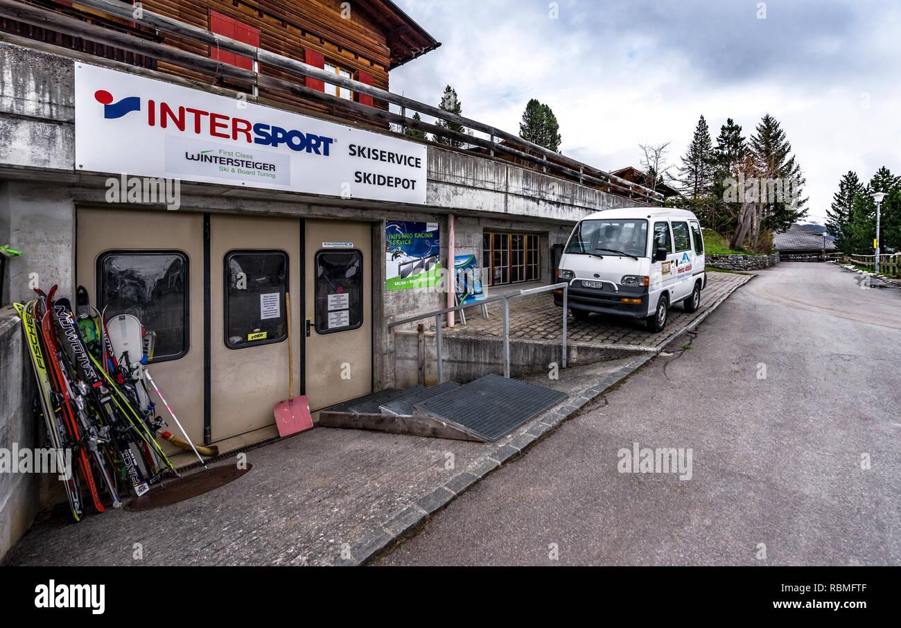 Sport store in Murren village, Switzerland - Stock Image