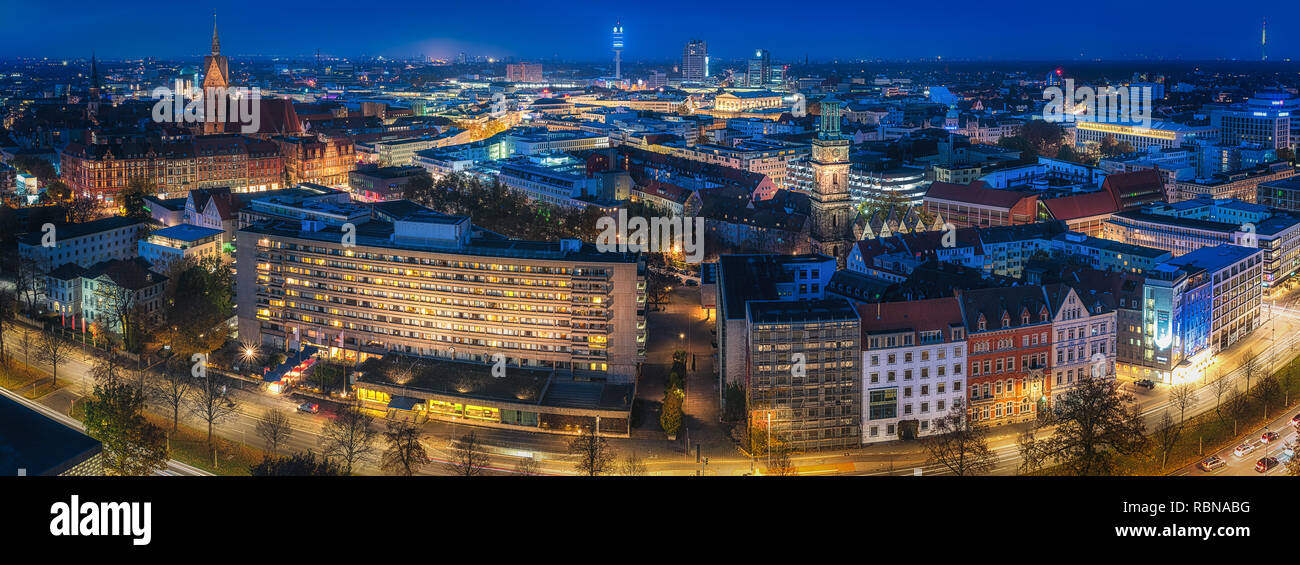 Hannover Innenstadt an einem Abend im Herbst - Stock Image