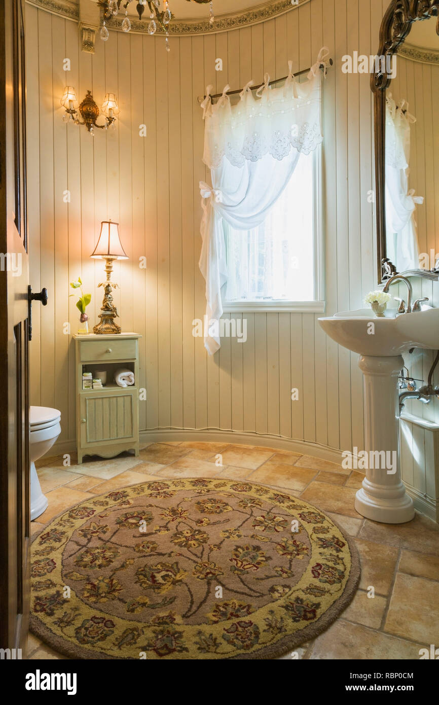 Guest Bathroom High Resolution Stock Photography And Images Alamy