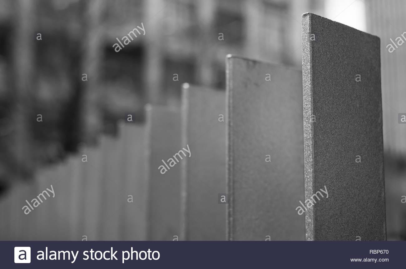 Metal fence sculpture - Stock Image
