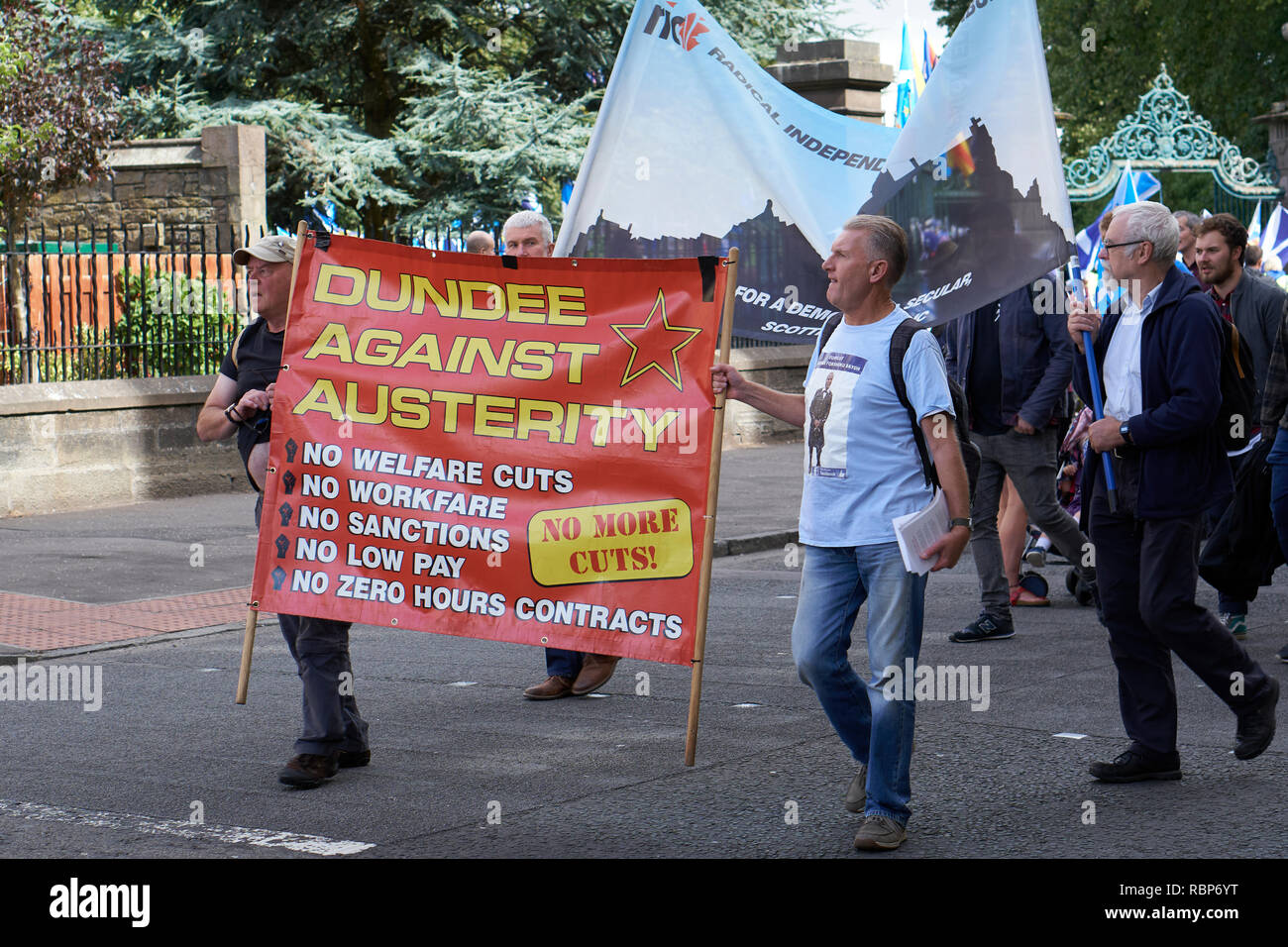 March for Scottish Independence, Dundee, Scotland. August 18th, 2018.  Dundee Against Austerity banner - Stock Image