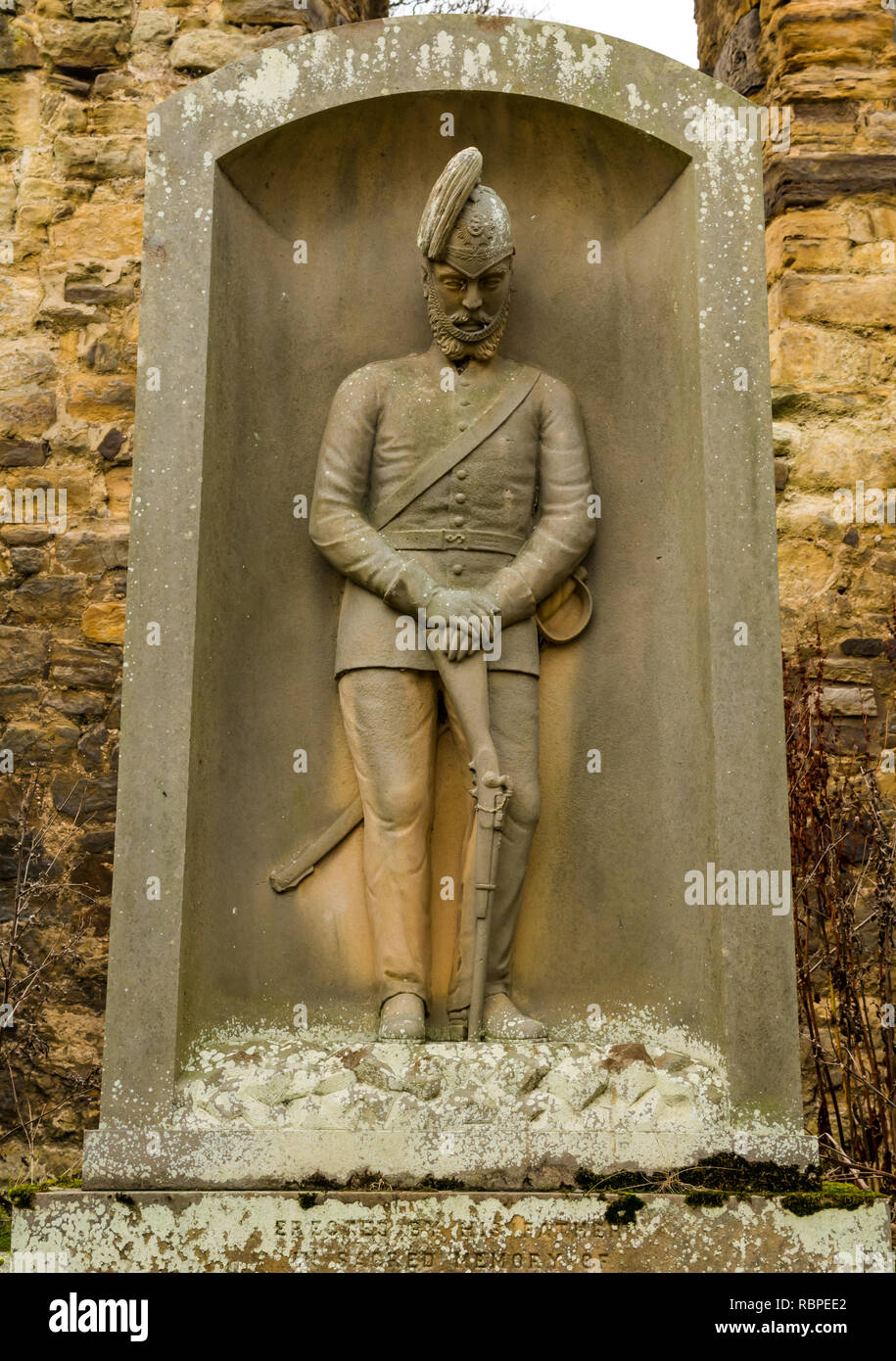 Gravestone memorial of soldier Colonel James Ainslie Younger of Elvingston, Gladsmuir churchyard, East Lothian, Scotland, UK - Stock Image