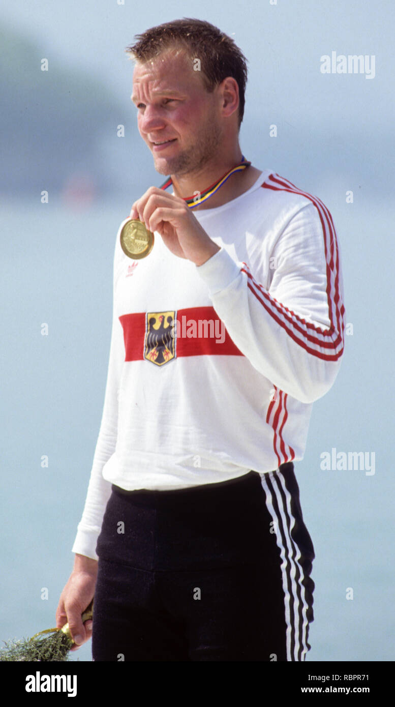 Barcelona Olympics 1992 - Lake Banyoles, SPAIN,   GER  M1X. Thomas  LANGE,   [Mandatory Credit:  Peter Spurrier/Intersport Images]. Stock Photo