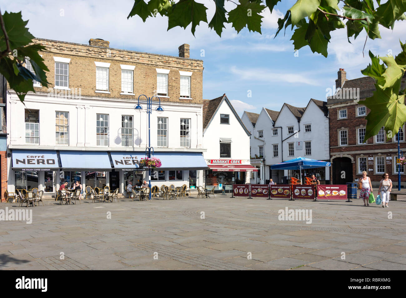 Market Square, St Neots, Cambridgeshire, England, United Kingdom - Stock Image