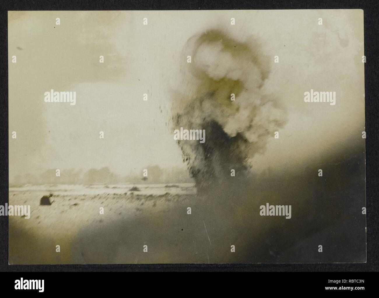 A shell bursting near our frontlines, Bestanddeelnr 158-1041. - Stock Image