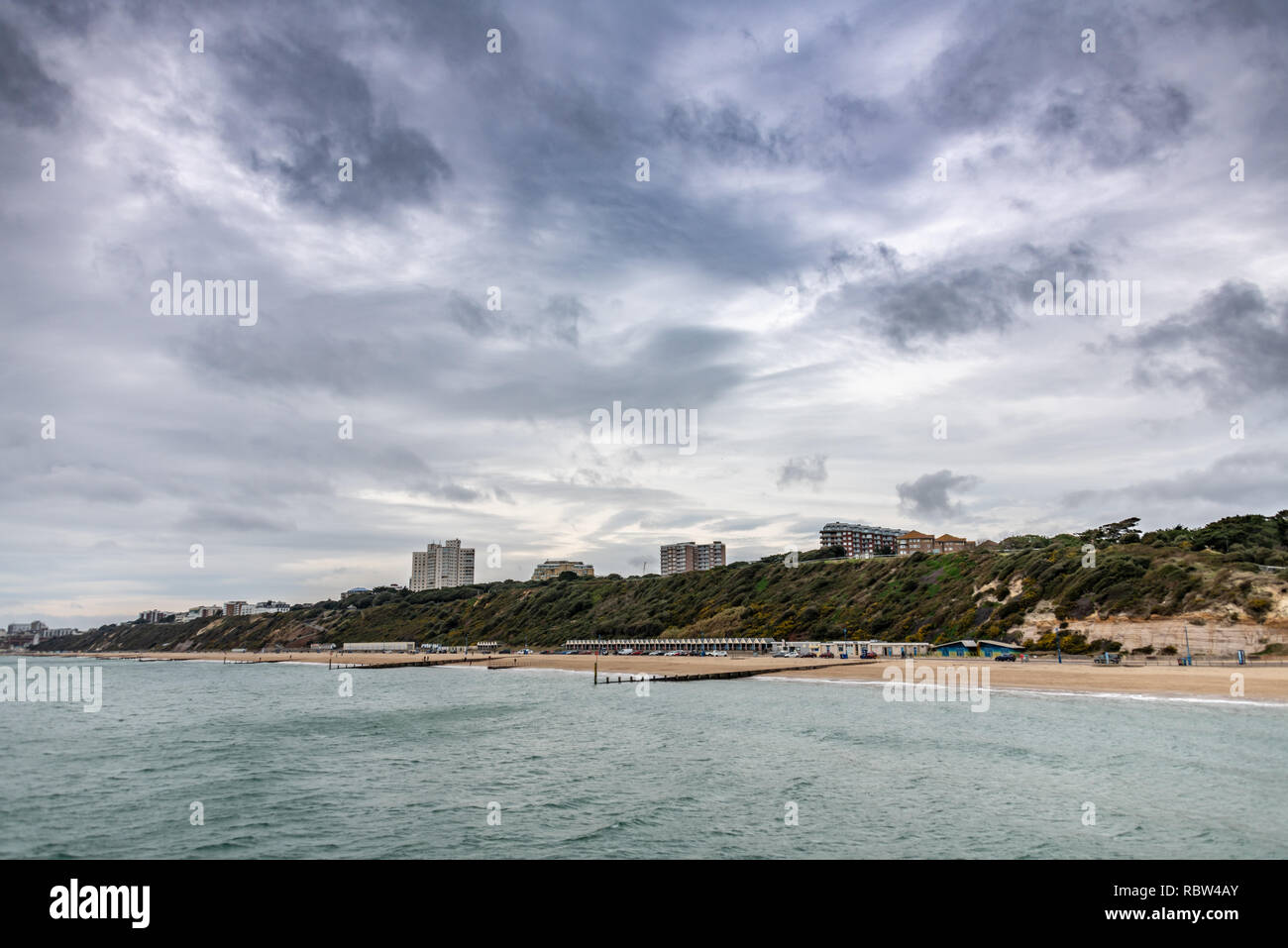 Bournemouth, Dorset, UK. 12th January 2019. Overcast weather over the beach in Bournemouth in Dorset. Credit: Thomas Faull/Alamy Live News Stock Photo