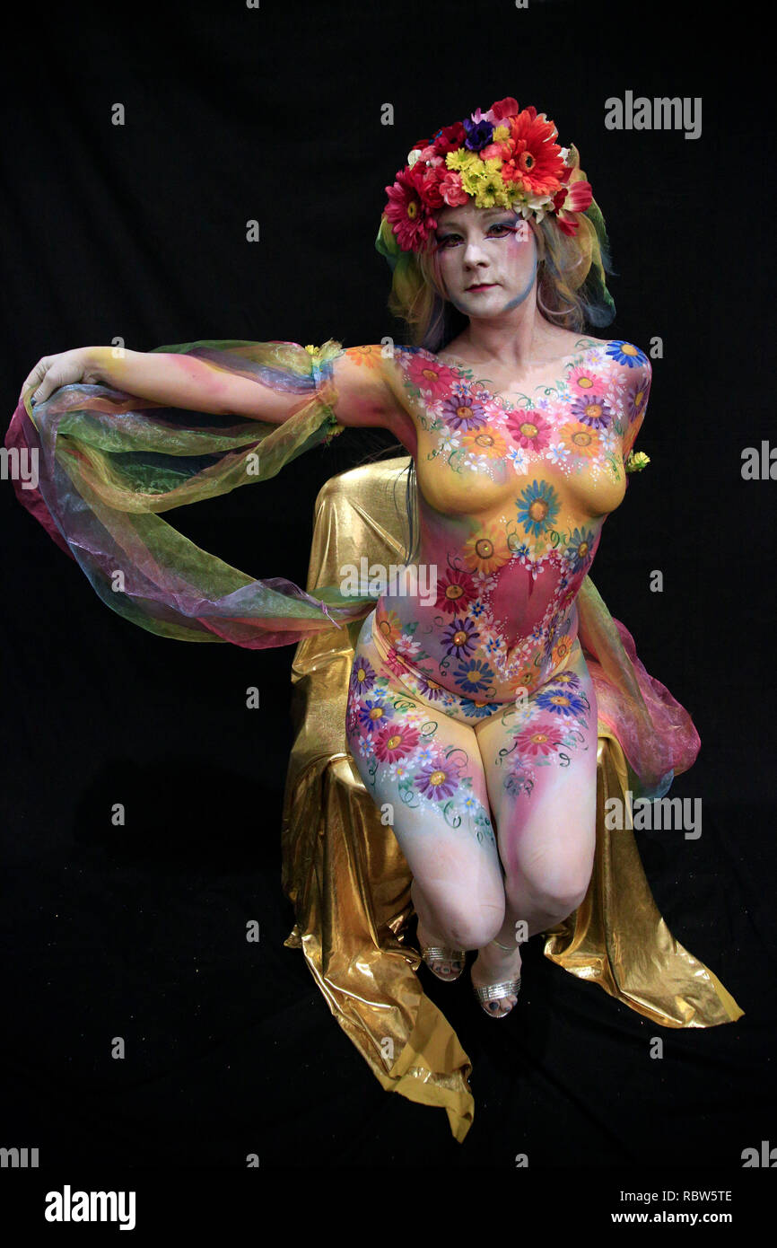 Glastonbury Somerset Uk 12th January 2019 The Glastonbury Body Art Festival Now In Its The Second Year Brings Together Body Paint Artists From All Over The Uk To Paint Living Breathing Pieces