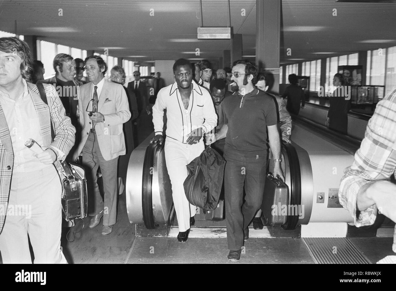 Aankomst van Joe Frazier op Schiphol, Bestanddeelnr 924-5568. - Stock Image