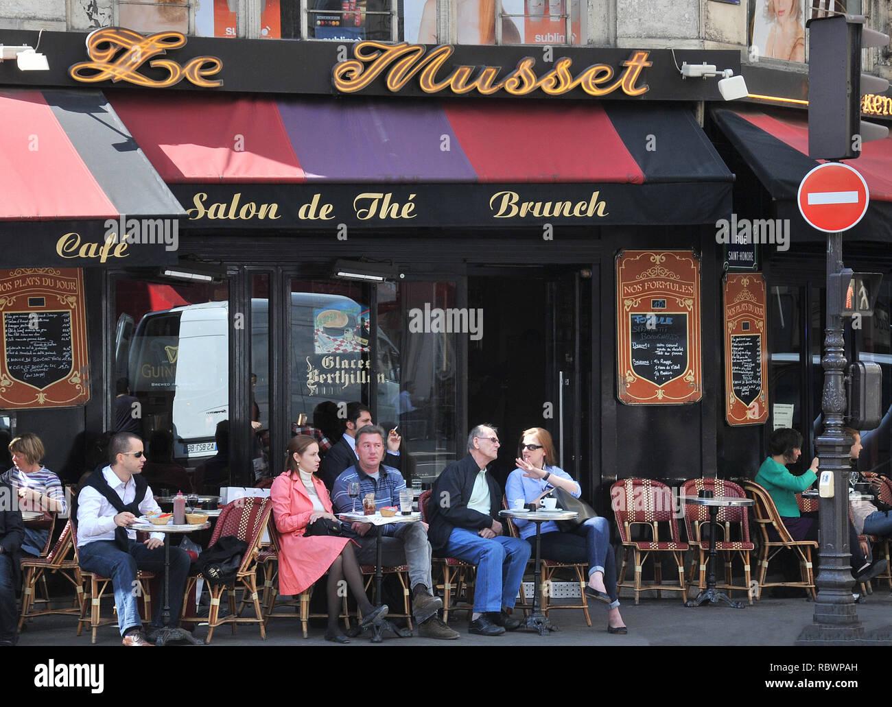 Le Musset cafe bar rue de l'Echelle,  Paris, France Stock Photo