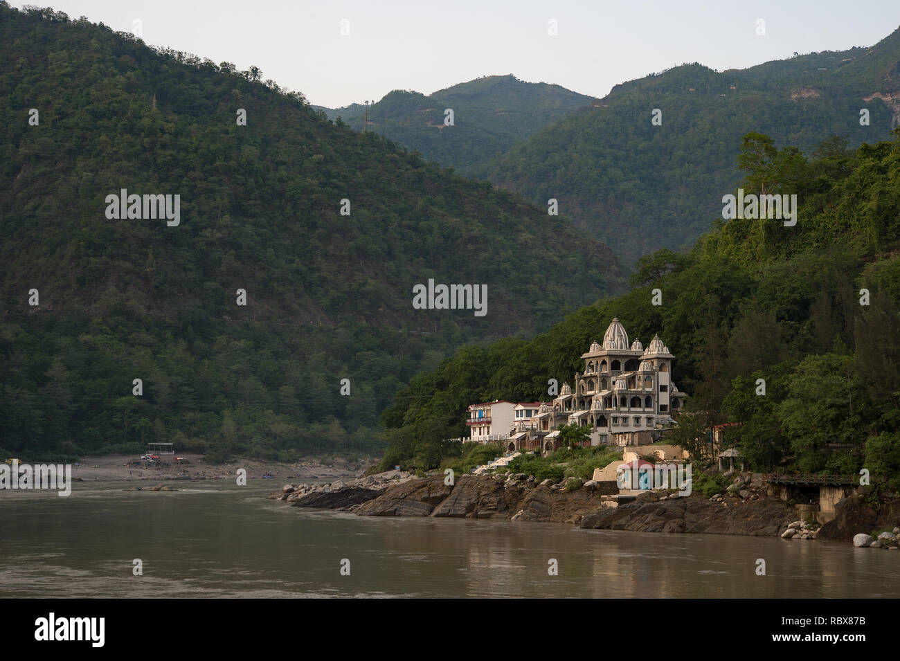 Indian Workers at work, Rishikesh, India - Stock Image