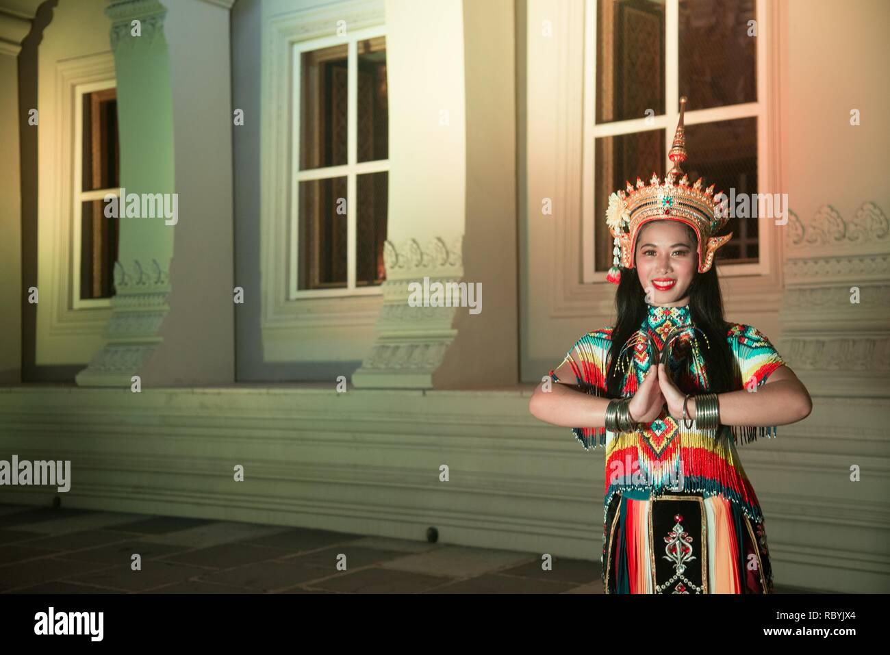 Thai pretty in Classical Thai tune Monohra dancing is a type of dance drama originating on Loykratong festival at Wat Rajadhiwas Viharn in Bangkok. - Stock Image