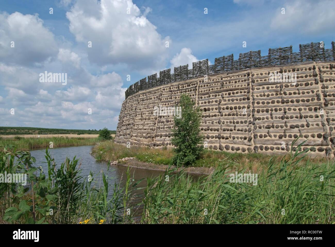 Slawenburg Raddusch bei Vetschau, Spreewald, Landkreis Oberspreewald-Lausitzkreis, Land Brandenburg, Deutschland, Europa | castle for the Wends, Wend' Stock Photo