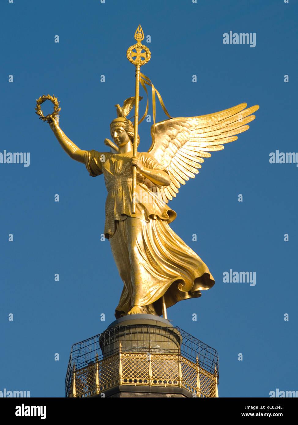 Detailansicht der Siegessäule mit Victoria, Berlin, Deutschland, Europa | Detail view of the Victory column with Victoria, Berlin, Germany, Europe - Stock Image