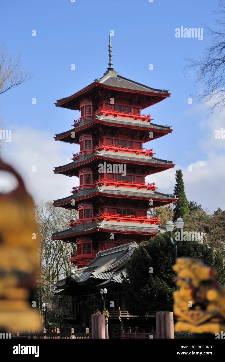 Japanischer Turm, Laken, Brüssel, Belgien, Europa | Japanese Tower, Laeken, Brussels, Europe - Stock Image