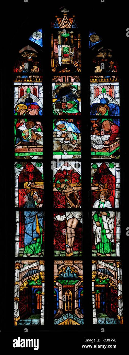 Havelberger Dom St. Marien, Kirchenfenster mit Glasmalerei, Havelberg, Landkreis Stendal, Sachsen-Anhalt, Deutschland, Europa   Dome of Havelberg  St. Stock Photo
