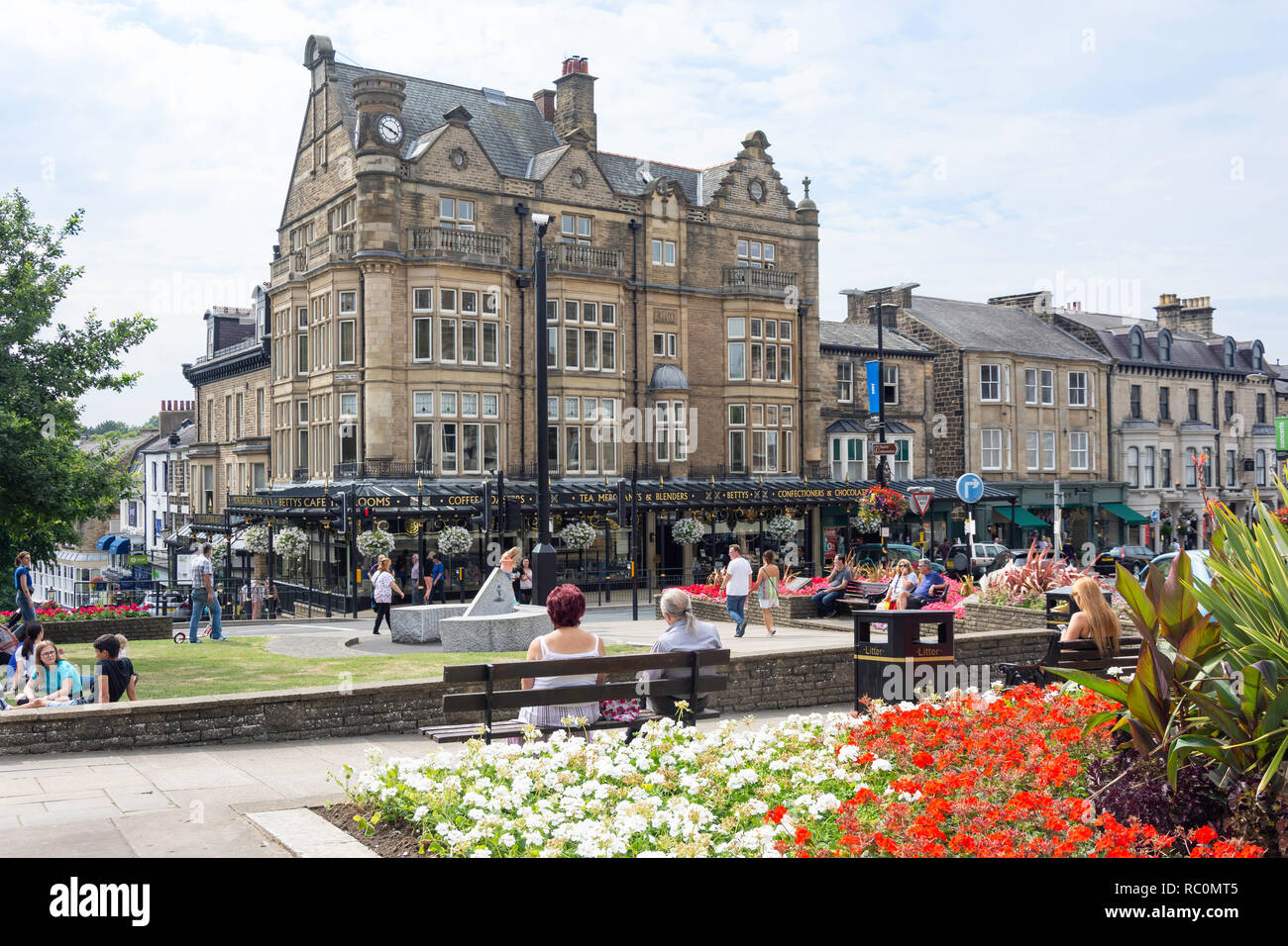 Betty's Tearooms, Parliament Street, Montpellier Quarter, Harrogate, North Yorkshire, England, United Kingdom Stock Photo