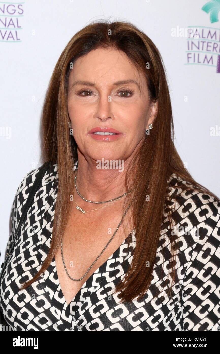 2019 Caitlyn Jenner nudes (53 foto and video), Tits, Paparazzi, Boobs, braless 2017