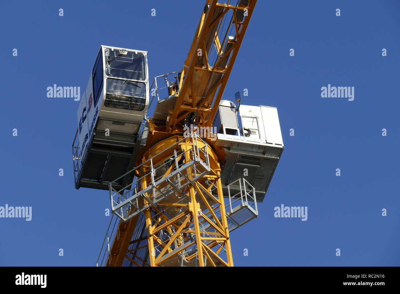 Construction crane in Bremen's Überseestadt, Bremen, Germany, Europe I Baukran in der Bremer Überseestadt,  Bremen, Deutschland, Europa - Stock Image