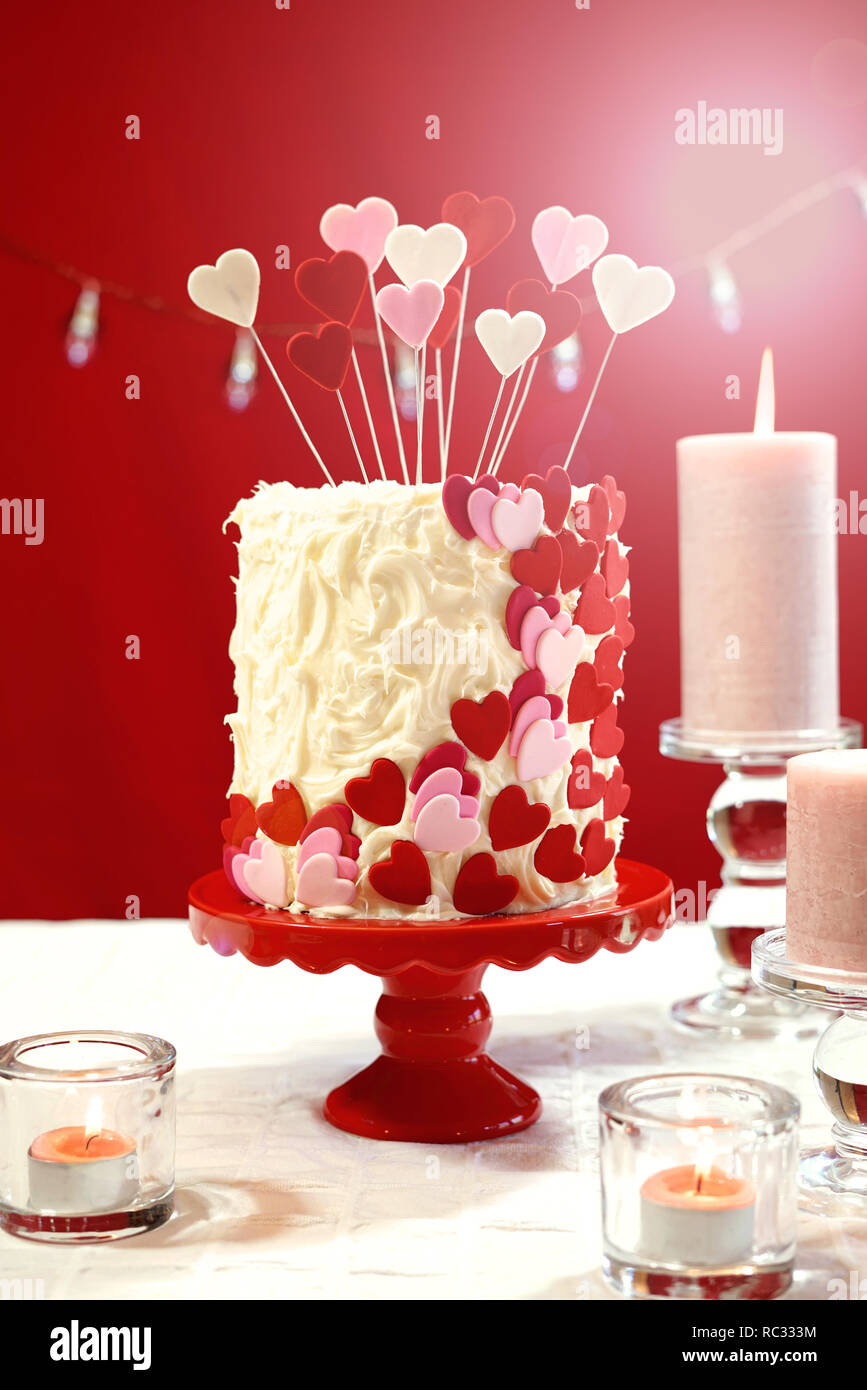Brilliant Beautiful St Valentines Day Party Table With Showstopper Red Birthday Cards Printable Riciscafe Filternl