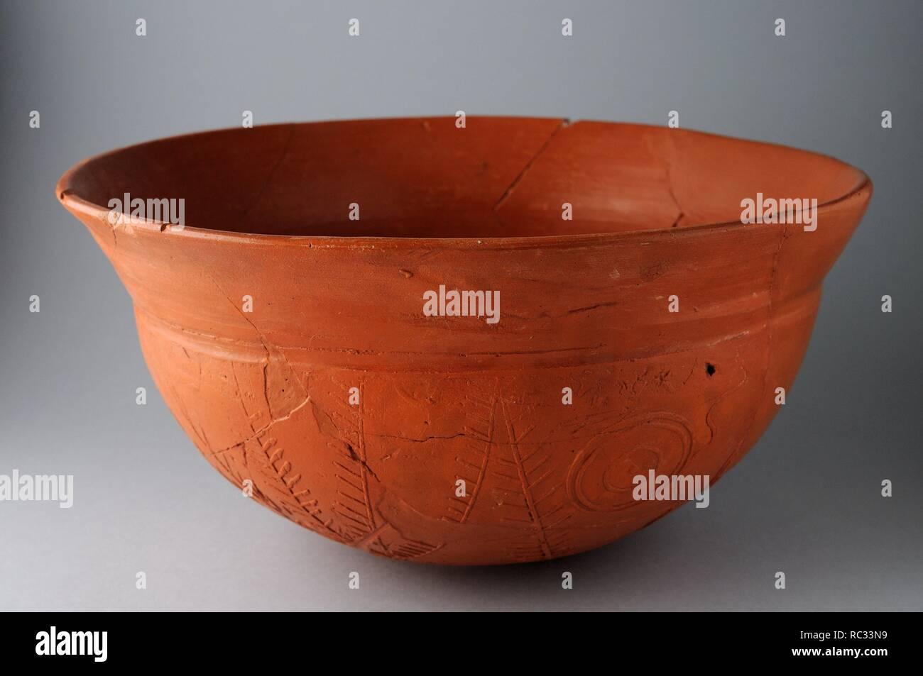 Ceramic bowl , Hispanic Terra Sigillata with geometric ...