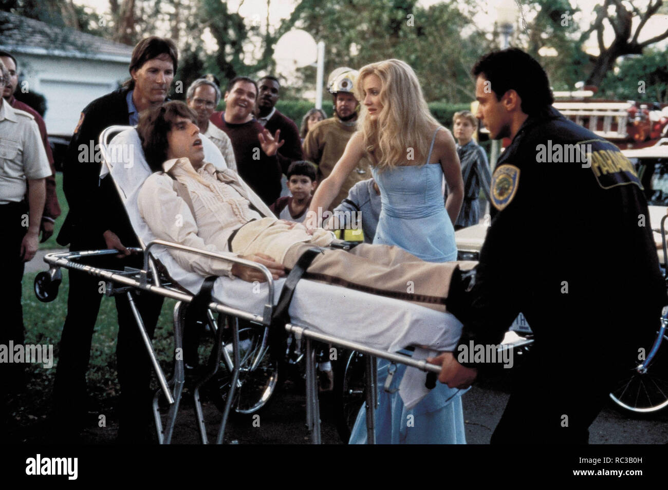 Original film title: THERE'S SOMETHING ABOUT MARY. English title: THERE'S SOMETHING ABOUT MARY. Year: 1998. Director: BOBBY & PETER FARRELLY; BOBBY FARRELLY; PETER FARRELLY. Stars: CAMERON DIAZ; BEN STILLER. Credit: 20TH CENTURY FOX / WATSON, GLEN / Album - Stock Image