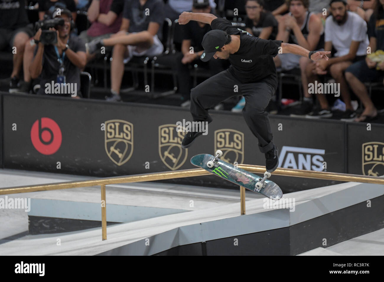 RJ - Rio de Janeiro - 01/13/2019 - World Championship SLS World Championship in Rio de Janeiro - Finals - Kelvin Hoefler competitor performs maneuver during the men's final of the Brazilian stage of the Street League World Championship, held at Arena Carioca 1, Barra da Tijuca West Zone of Rio de Janeiro. Rio receives until Sunday stage of the Street League, the largest Skateboard Street championship in the world. The sport gained importance in the national sports arena after it became an Olympic sport. Photo: Thiago Ribeiro / AGIF - Stock Image