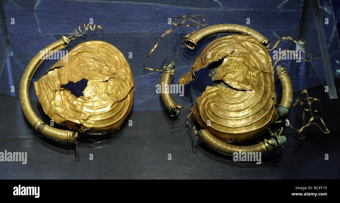 Scandinavia. Gold brooch from 800 BC, from Larkollen, Rygge, Ostfold. Norway. Historical Museum. Oslo. Norway. - Stock Image